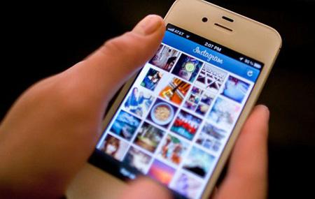 امکانات اینستاگرام, اپلیکیشن موبایل